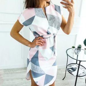 Dresses & Skirts - Pink/Gray Geo Pattern Dress
